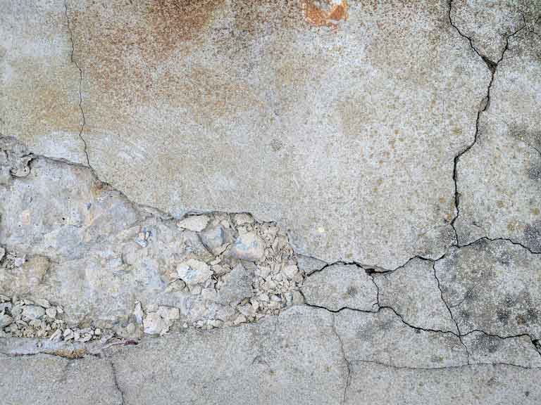 why concrete cracks